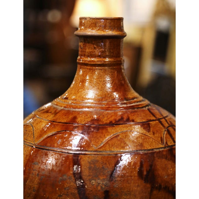 19th Century Spanish Glazed and Painted Terracotta Wine Jar For Sale - Image 4 of 8