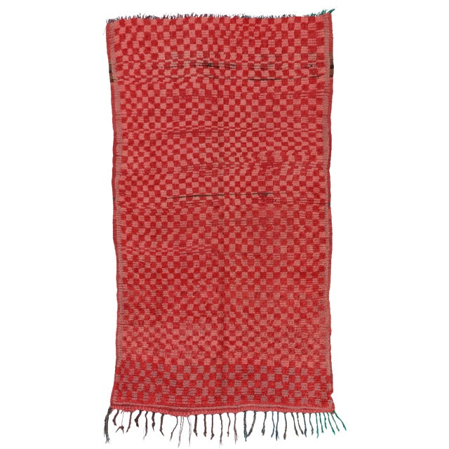 """Pink & Red Checkerboard Berber Morocco Rug - 3'1"""" x 5'6"""" For Sale"""