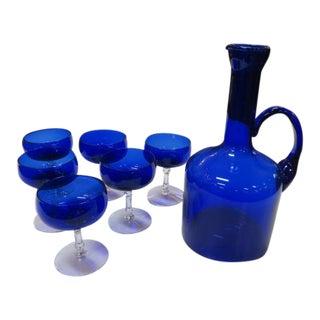 Vintage Mid Century Modern Cobalt Blue Glass Wine Set, C1960 - Set of 7 For Sale