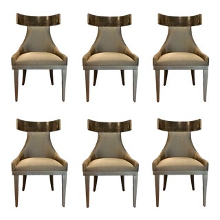 Caracole Modern Sitting in Style Dining Chairs Set of Six For Sale