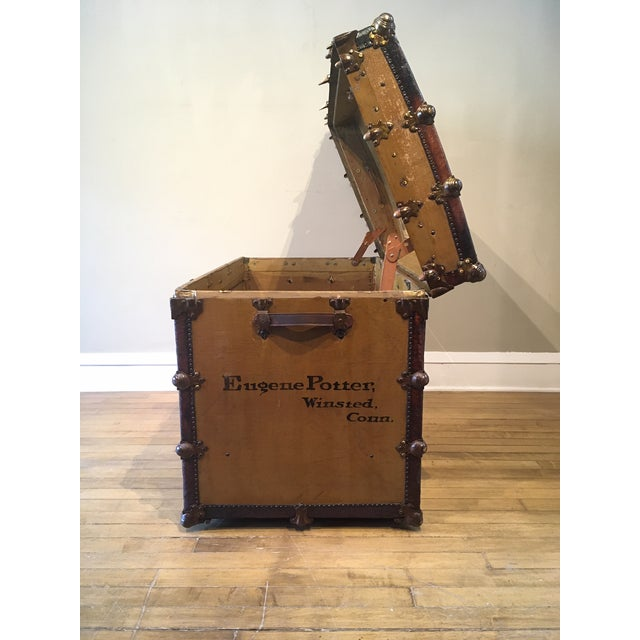 Early 1900s Canvas Travel Trunk For Sale - Image 12 of 13