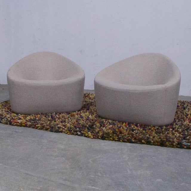 Zanotta Zanotta Italian Modernist Sculptural Upholstered Lounge Chairs - a Pair For Sale - Image 4 of 9