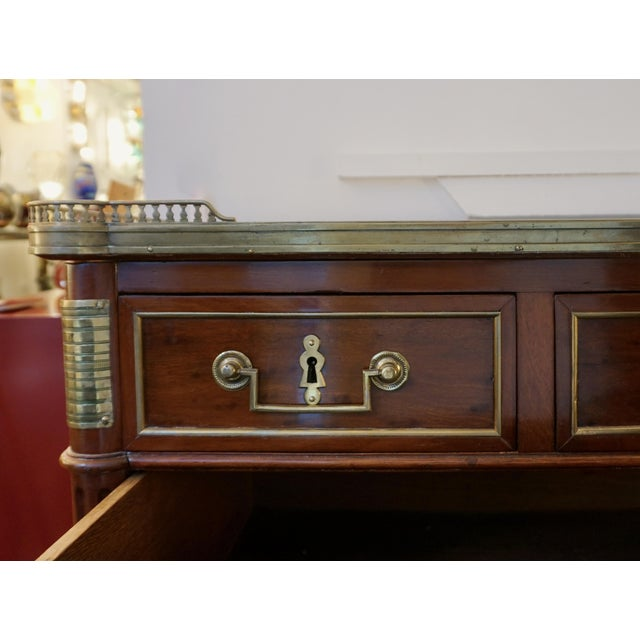 Antique French Directoire Brass Mounted Mahogany Commode With White Marble Top For Sale In New York - Image 6 of 13