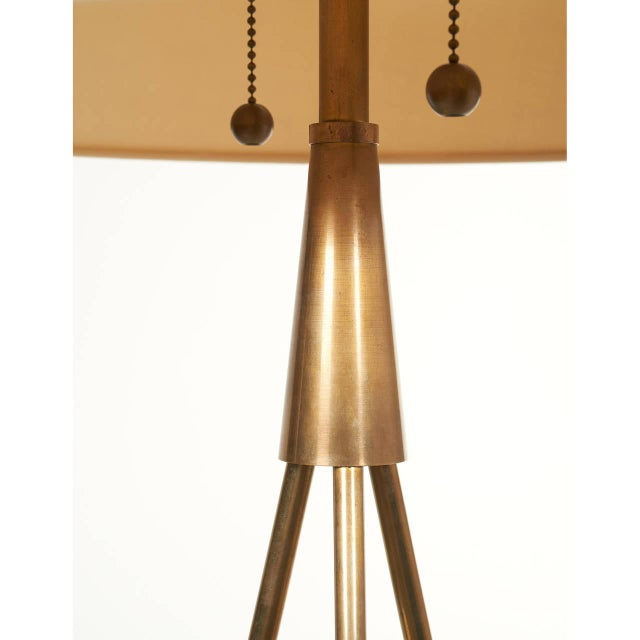 Pair of 'Constructivist' Walnut and Brass Tripod Table Lamps For Sale - Image 5 of 8