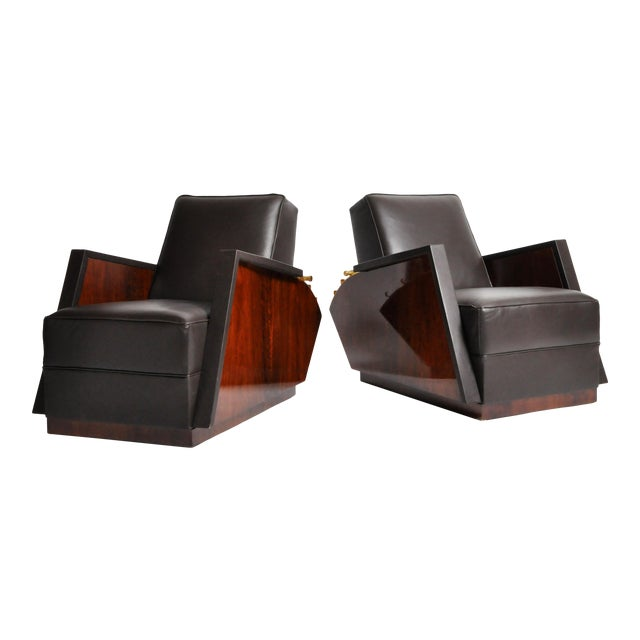 Italian Leather Reclinable Armchairs - a Pair For Sale