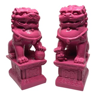 Chinoiserie Pink Foo Dogs Foo Lions Figurines - a Pair For Sale