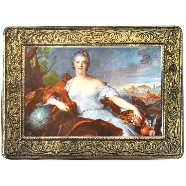 Vintage Italian Pagani Lecco Biscuit Tin With 18th-Century Aristocrat Portrait For Sale - Image 9 of 9