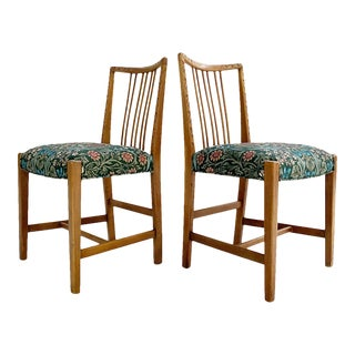 Hans Wegner Dining Chairs in William Morris Blackthorn - a Pair For Sale
