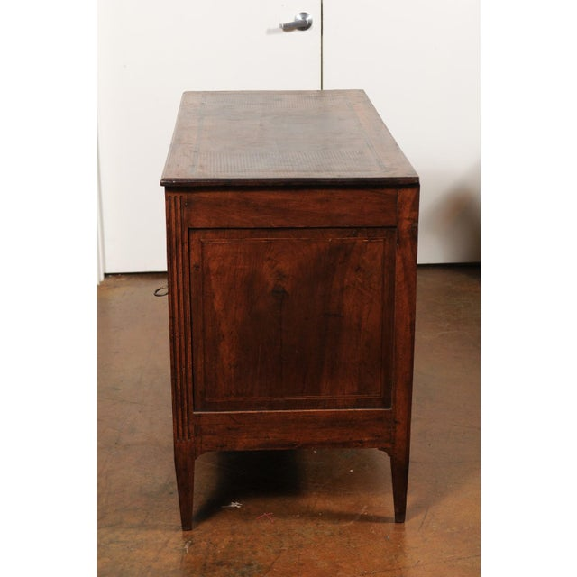 Mid 19th Century French Directoire Style 1860s Walnut Veneered Commode with Inlay and Fluting For Sale - Image 5 of 13