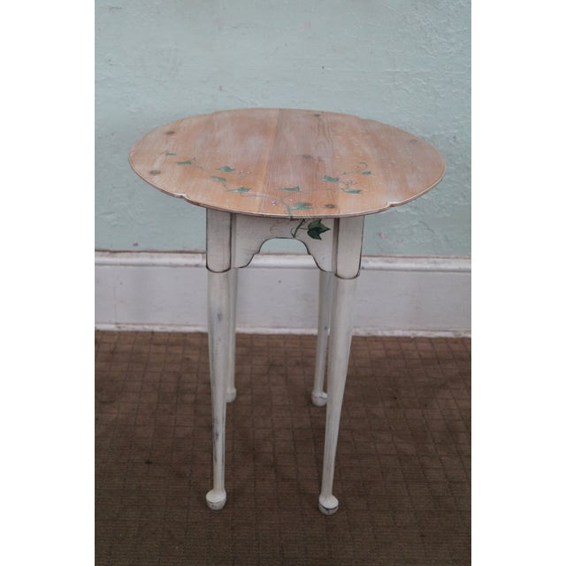 Hand Painted Andrea Davinci Braun Side Table For Sale - Image 4 of 10