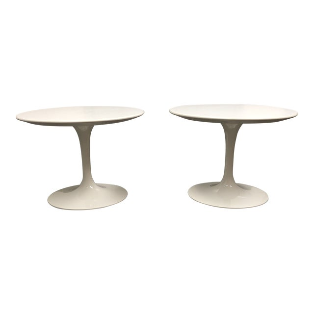 contemporary knoll saarinen side tables a pair