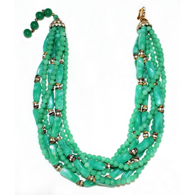 Traditional 1960s William deLillo Green Glass Bead Necklace For Sale - Image 3 of 5