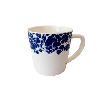 Classic American Blue and White Marbleized Bone China Mug For Sale