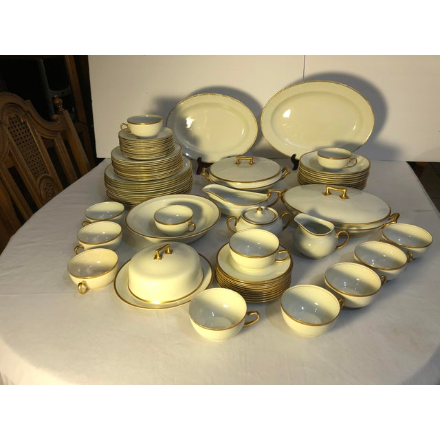 18th Century W. H. Grindley & Co Chine Marengo Pattern White Gold Trim Dinnerware - 83 Pieces For Sale - Image 12 of 13