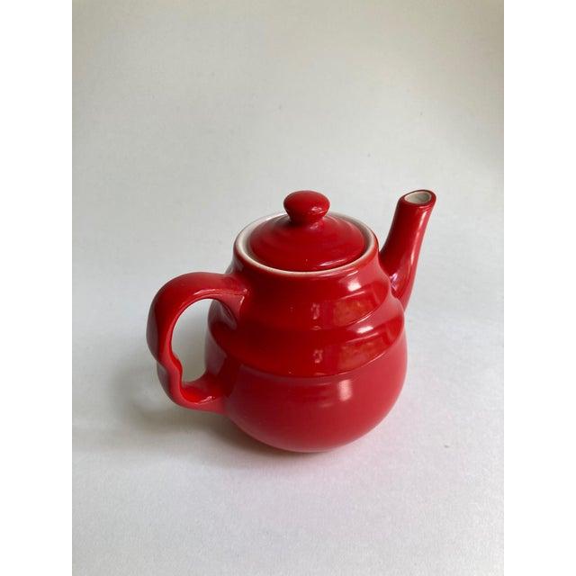 Mid 20th Century Universal Cambridge Red Ceramic Beehive Tea Pot For Sale - Image 5 of 13