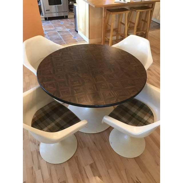 Mid-Century Modern 1970s Mid-Century Modern Tulip Table & Chair Set - 5 Pieces For Sale - Image 3 of 6