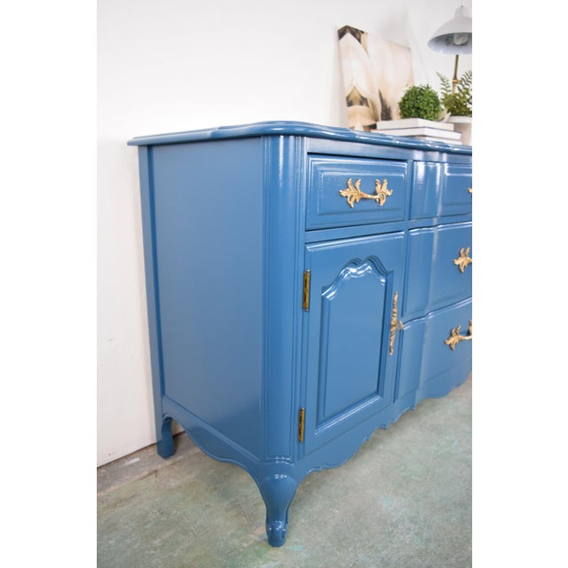 Thomasville 19th Century French Provincial Thomasville Blue Sideboard For Sale - Image 4 of 13