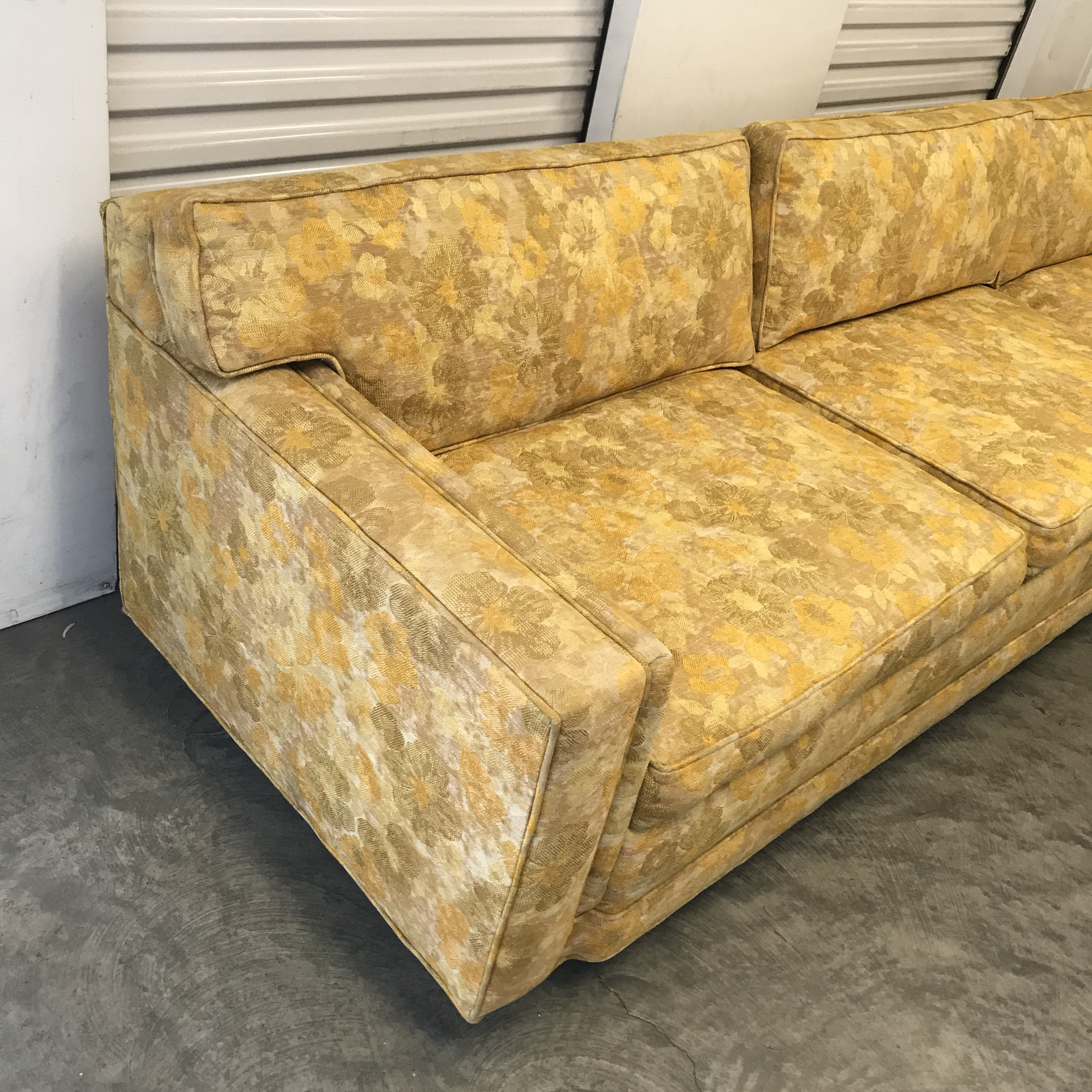 Textile Mid Century Floral Sofa For Sale   Image 7 Of 7