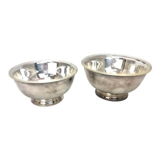 International Silver Acrylic Lined Serving Bowls - a Pair For Sale
