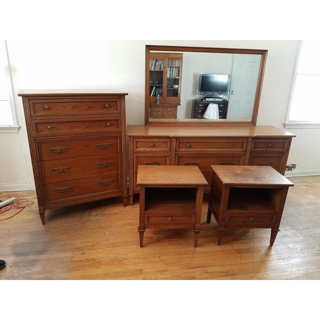 "Brown Drexel Mid-Century ""Anniversary"" Bedroom Set For Sale - Image 8 of 8"