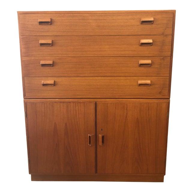1960s Mid-Century Modern Soberg Mobler 2 Piece Dresser / Bureau For Sale