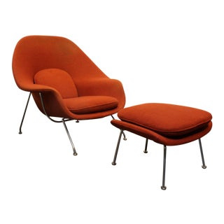 Vintage Knoll Eero Saarinen Womb Chair and Ottoman Set, Circa 1960's For Sale