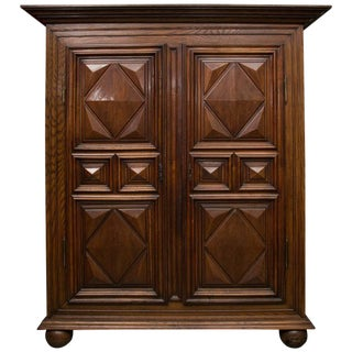 18th Century French Oak Armoire For Sale