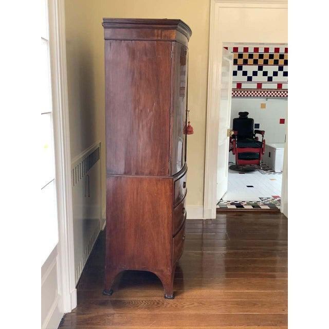 American Bow Front Linen Press For Sale - Image 4 of 11