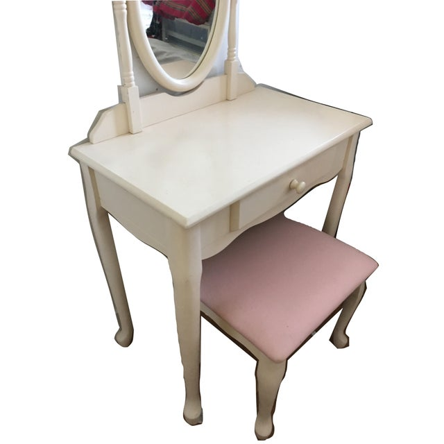 Fabric White Vanity With Mirror and Pink Stool Set For Sale - Image 7 of 10