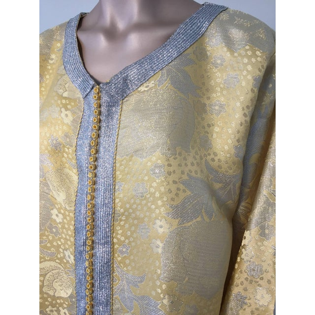 1970s Metallic Gold and Silver Brocade 1970s Maxi Dress Caftan, Evening Gown Kaftan For Sale - Image 5 of 10