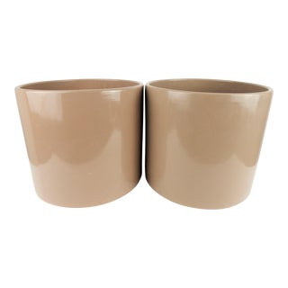 Beige Gainey-Style Planters - a Pair For Sale