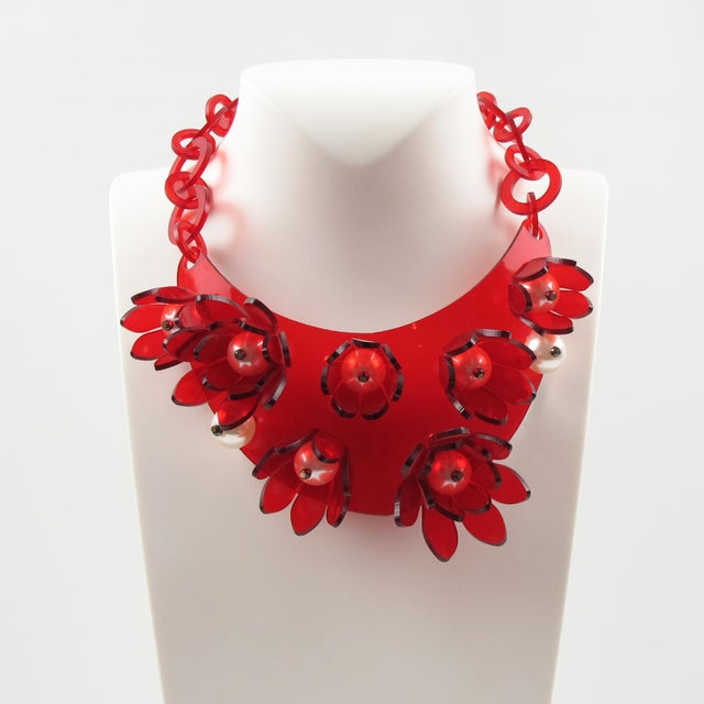 Italian Italian Designer Transparent Red Lucite Flowers and Pearl Bib Necklace For Sale - Image 3 of 10