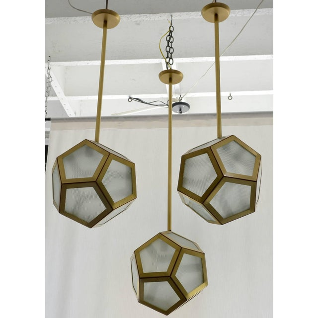 Large Cluster Chandelier of Three Pentagone Lanterns by Design Frères For Sale In Los Angeles - Image 6 of 6