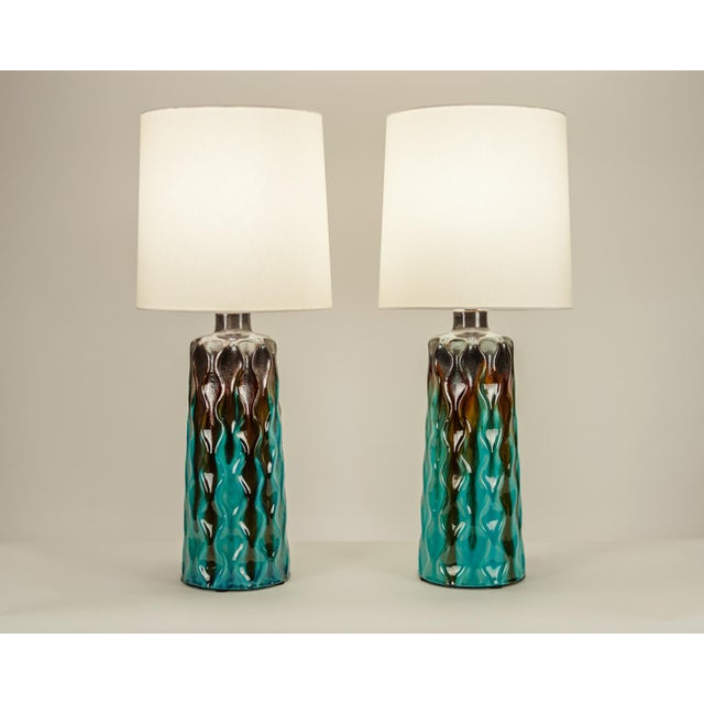Art Deco Vintage Mid-Century Modern Glazed Porcelain Table Lamps - a Pair For Sale - Image 3 of 10