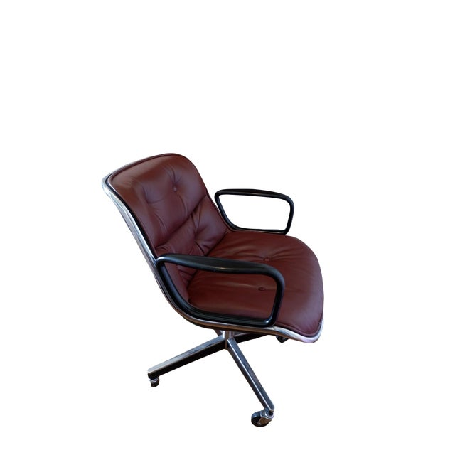 Mid-Century Mahogany Executive Desk Chair by Charles Pollock for Knoll For Sale