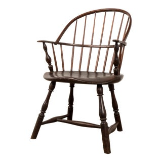 Late 18th Century Vintage Windsor Chair For Sale