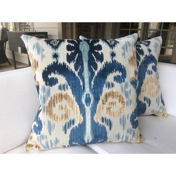 "Lee Jofa Lee Jofa ""Pardah"" Velvet Pillows - a Pair For Sale - Image 4 of 4"