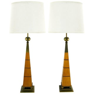 Elegant Pair of Stiffel Walnut and Brass Obelisk Table Lamps For Sale