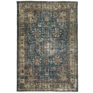 Distressed Vintage Turkish Carpet | 6'10 X 10