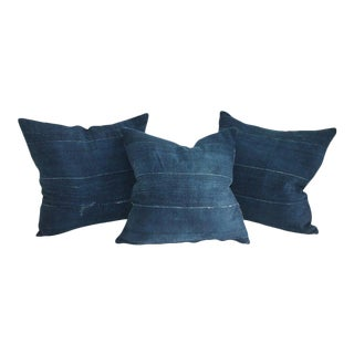 19th Century Indigo Blue Linen Pillows - Set of 3 For Sale