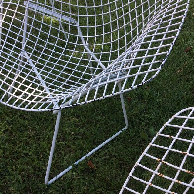 Harry Bertoia Diamond White Chairs - Set of 4 - Image 4 of 8