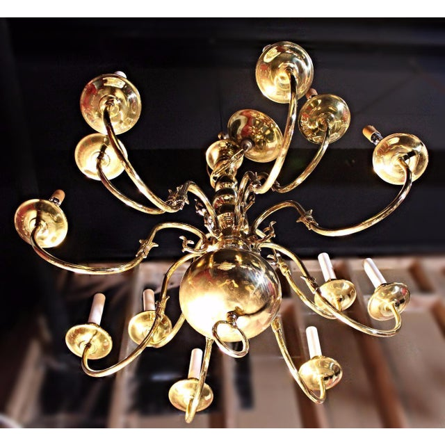 Colonial Williamsburg Brass Chandelier For Sale In New York - Image 6 of 7