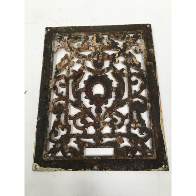 Antique 1800s Cast Iron Register Grate For Sale In Dallas - Image 6 of 9