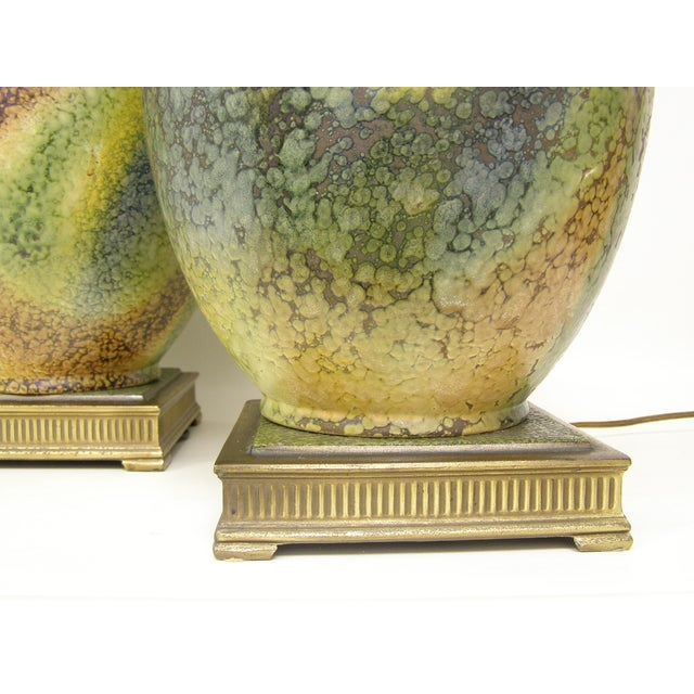 Pair Mid-Century Modern Asian Ceramic Pottery Lamps Green MCM James Mont Style For Sale - Image 9 of 11