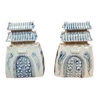Late 19th Century Chinese Celadon Glazed Blue and White Porcelain Pagoda Sculptures - a Pair For Sale
