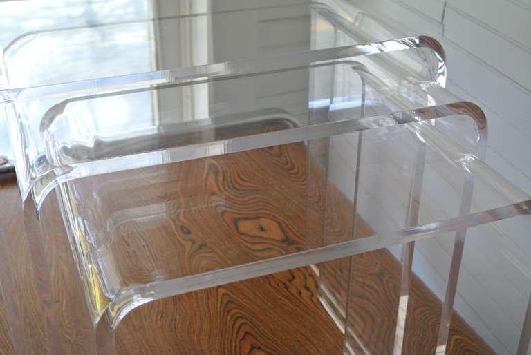 Marvelous Set Of Three Acrylic Lucite Nesting Tables   Image 3 Of 8