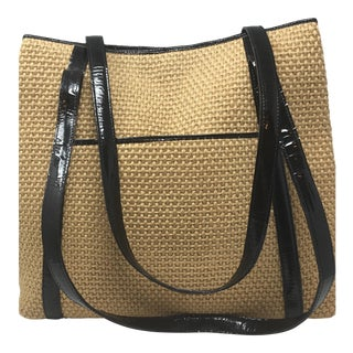 Beautiful Raffia and Patent Leather Very Vintage Bottega Tote. Made in Italy. For Sale