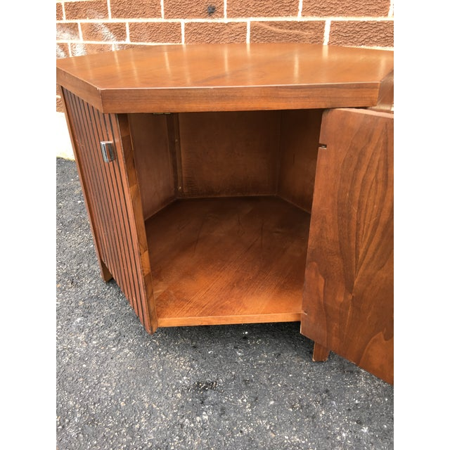 Vintage Lane Walnut Nightstand or Side Table - Image 5 of 5