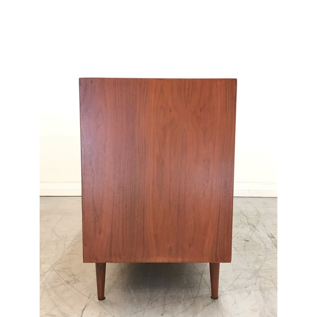 Mid-Century Modern 1970s Mid Century ModernAmerican of Martinsville Credenza For Sale - Image 3 of 12