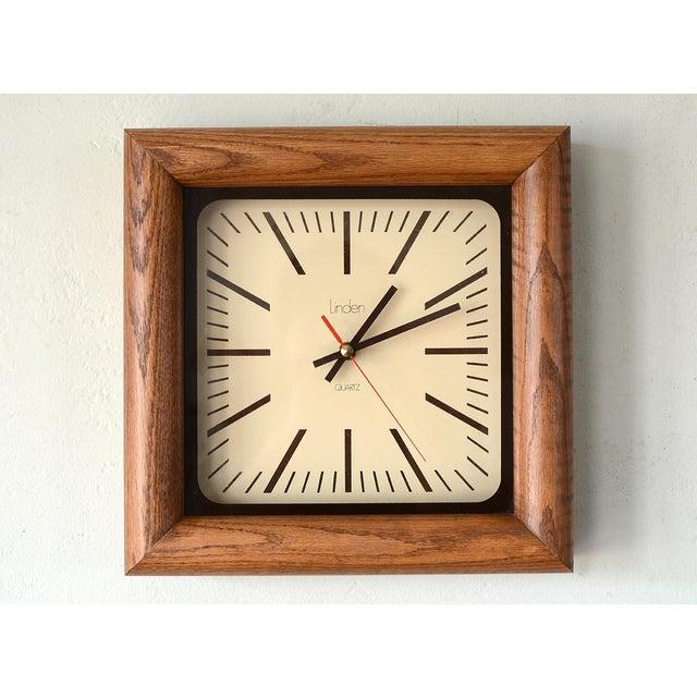 Danish Modern Arthur Umanoff Style Bullnose Oak Clock For Sale In San Francisco - Image 6 of 6